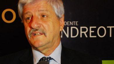 """Photo of ANDREOTTI: """"NO SÉ DE QUÉ SE ALEGRA EL GOBERNADOR"""""""