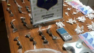 Photo of 10 DETENIDOS Y UN KILO Y MEDIO DE DROGA TRAS OPERATIVO EN BARRIO SANTA RITA