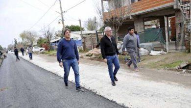 Photo of CONSTRUYEN NUEVOS PAVIMENTOS EN LAS TUNAS
