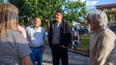 Photo of JORGE MACRI RECORRIÓ LA RENOVADA PLAZA ALEM