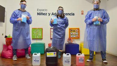 Photo of MUNICIPIO Y EMPRESAS ENTREGAN KITS DE HIGIENE Y SEGURIDAD A HOGARES