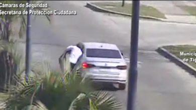 Photo of Le roban $500 mil y se les sube al auto a los ladrones