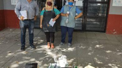 Photo of Distribuyen elementos de higiene en escuelas de Tigre